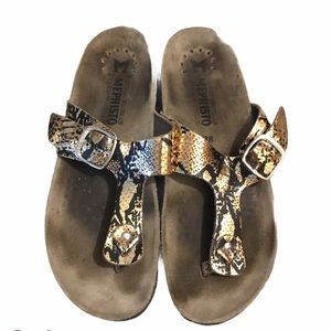 MEPHISTO Slip-On Leather Thong Sandals Sandals 38